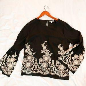 Black & white embroidered print blouse